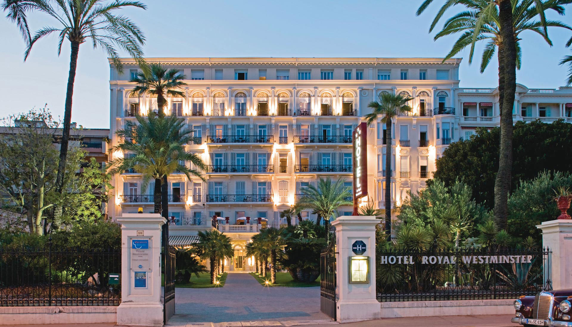 Le Royal Westminster welcomes you for your holidays in the French Riviera