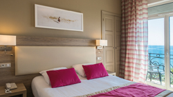 2 persons room sea view for your holidays in Menton