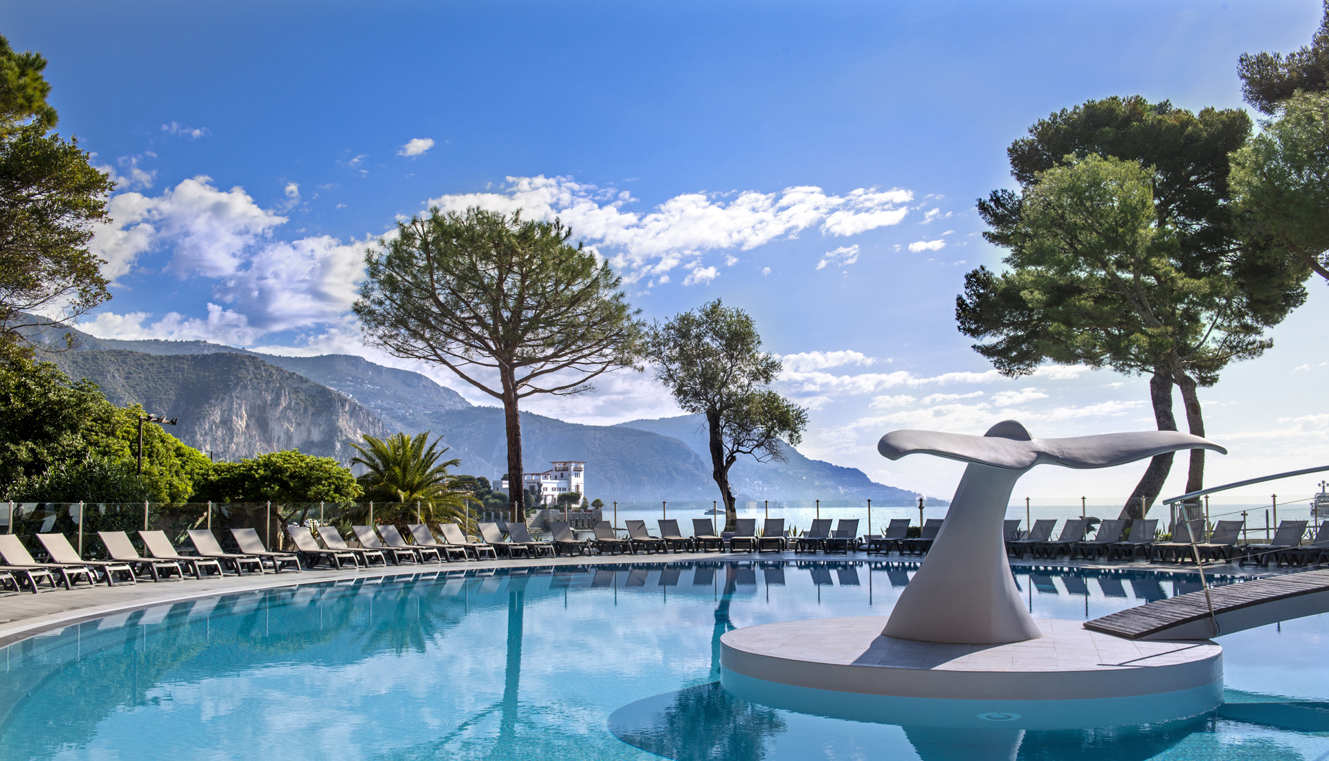 You're 3 stars hotel club for your family holidays in the French Riviera